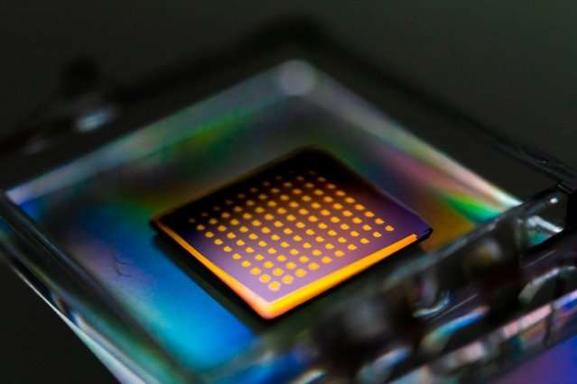 **Researchers quickly harvest 2-D materials, bringing them closer to commercialization