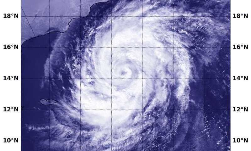 Satellite sees Tropical Cyclone Luban nearing Oman