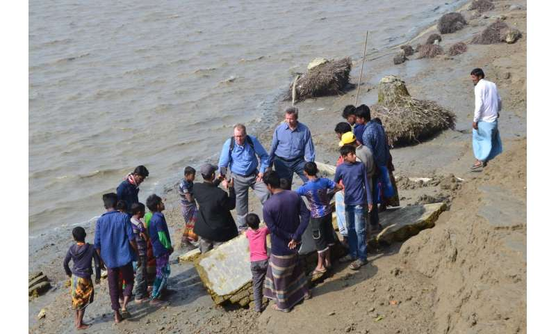 Researchers investigate riverbank erosion and resilience in coastal Bangladesh