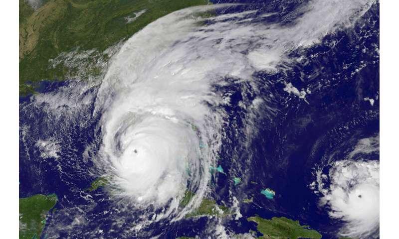 Understanding hurricane risks—5 essential reads