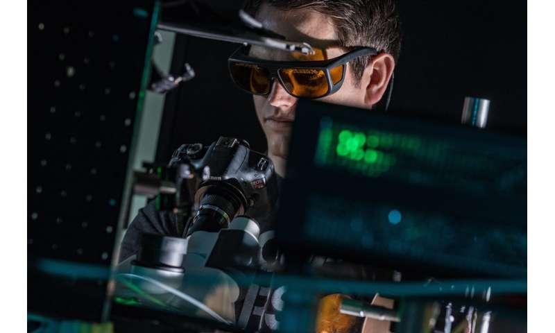 Imaging technique pulls plasmon data together
