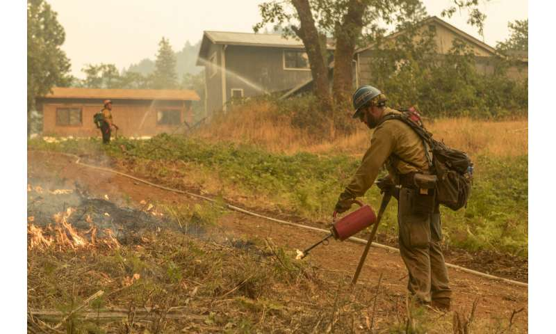 Racial, ethnic minorities face greater vulnerability to wildfires