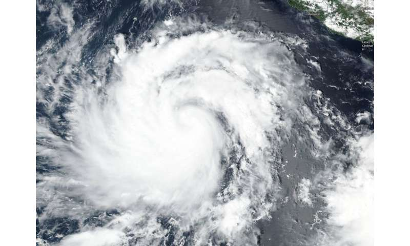 Suomi NPP satellite sees Rosa intensifying into tenth Eastern Pacific hurricane