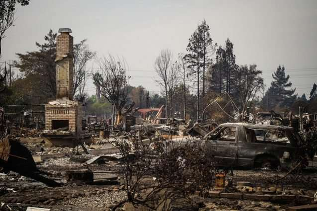 Warming climate could make wildfire-prone homes uninsurable
