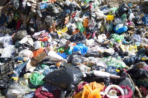 Israeli firm says it can turn garbage into plastic gold