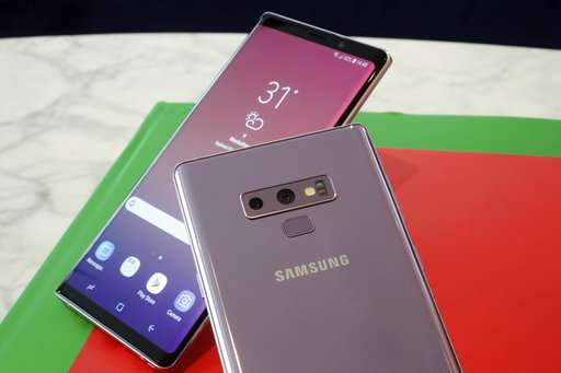 Samsung's $1,000 Note 9 is great -- but so is the cheaper S9