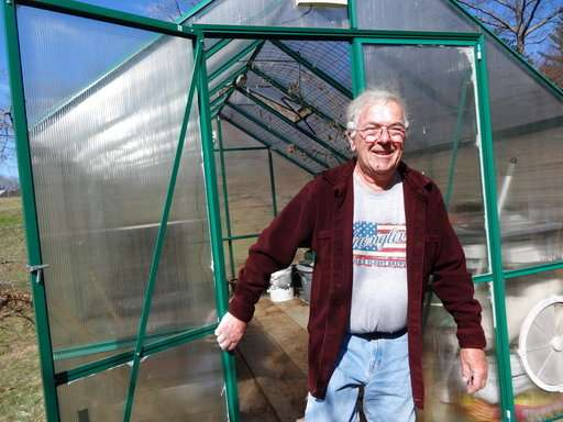 Small indoor greenhouses let apartment dwellers grow veggies