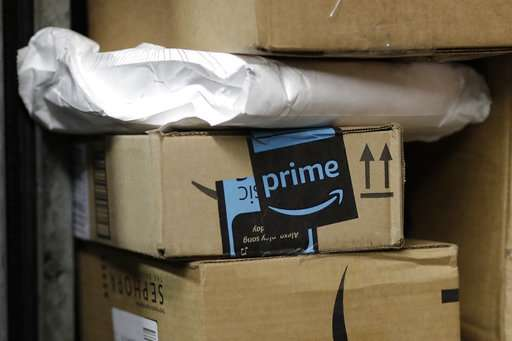 Shipping shakeup? Amazon may deliver its own packages (Update)