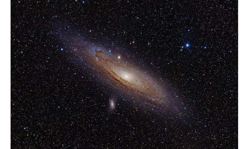 Researchers investigate stellar populations in the central region of the Andromeda galaxy