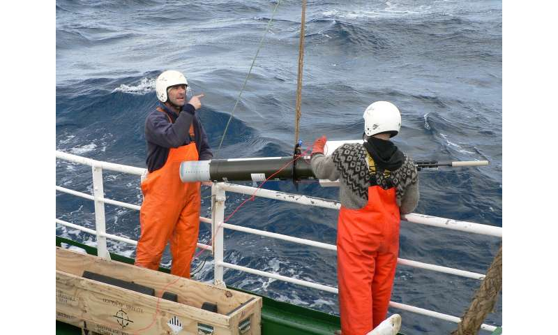 Robots aid better understanding of phytoplankton blooms