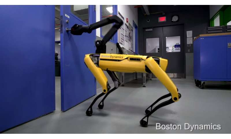 Boston Dynamics robot has claw-arm to turn handle and hold door open
