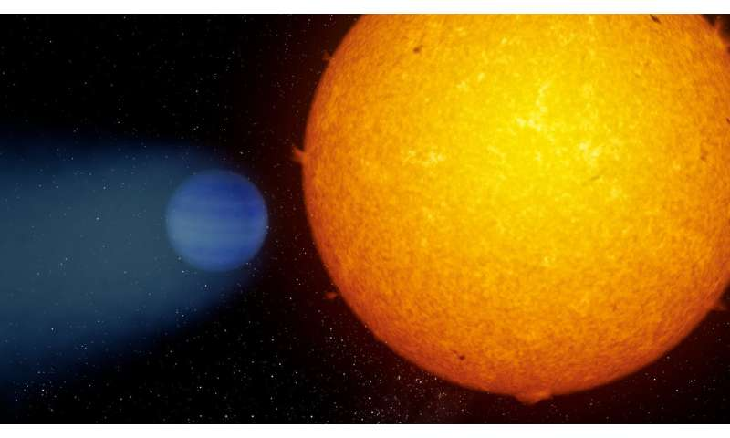 An exoplanet loses its atmosphere in the form of a tail