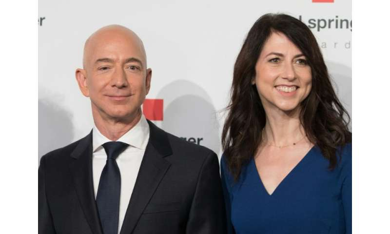 """Amazon CEO Jeff Bezos and his wife MacKenzie Bezos are creating a new """"Day One Fund"""" to combat homelessness and create"""
