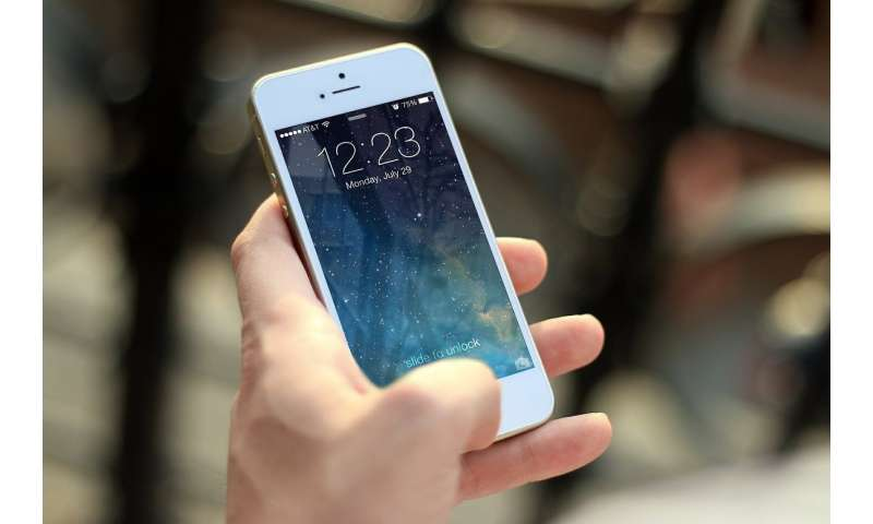 Researcher uses smartphone to detect breast cancer gene