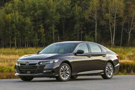 Edmunds rounds up today's top hybrids