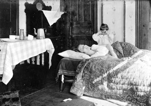 Century after pandemic, science takes its best shot at flu