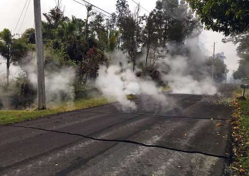New volcanic lava fissure in Hawaii prompts more evacuations