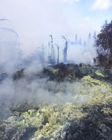 Hawaii volcano sends ash plume 30,000 feet into sky