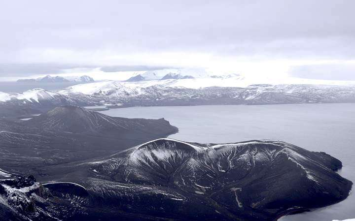 A large volcanic eruption shook Deception Island 3,980 years ago