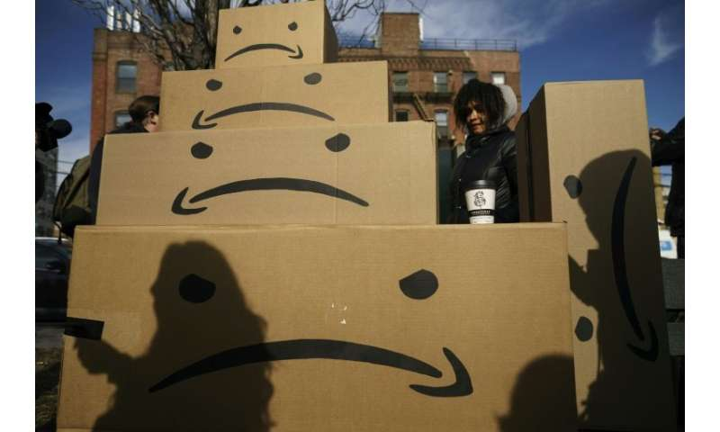 Amazon is getting hefty incentives for its new headquarters in New York and Virginia, following a pattern of other companies tha