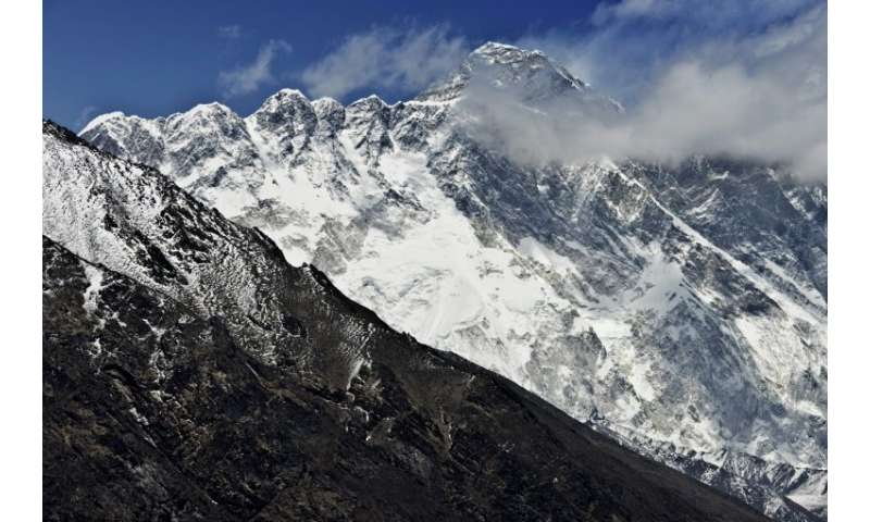 A sherpa guide who went missing four days ago on Everest is presumed dead, Nepali officials said Thursday, the first feared fata