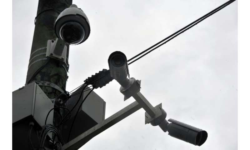 A tender to install 30,000 cameras in Rio de Janeiro will be launched soon, and a Brazilian news outlet reported that combat dro