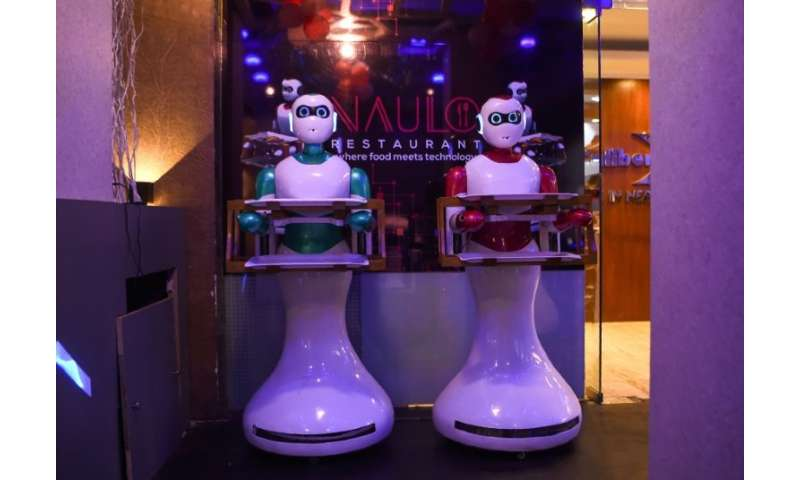 At present, a few human waiters help Ginger but an upgrade is in the works that should make Naulo entirely robot-run