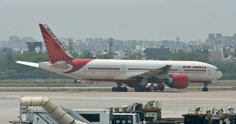Beleagured national airline Air India's privatisation has stalled because the government's sale conditions are too restrictive,