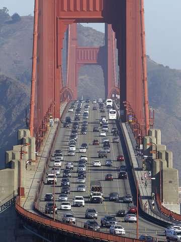 California urges Trump to drop plan for weaker fuel standard