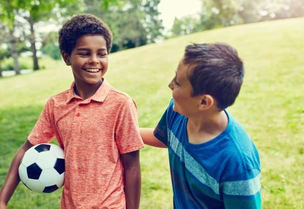 Childhood friendships may have some health benefits in adulthood