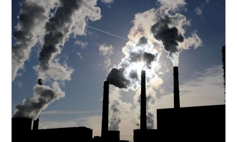 Coal power plant regulations neglect a crucial pollutant