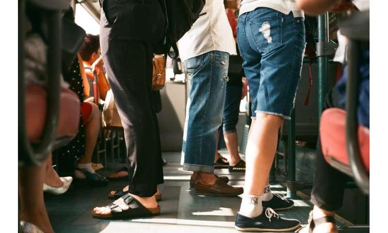 crowd metro