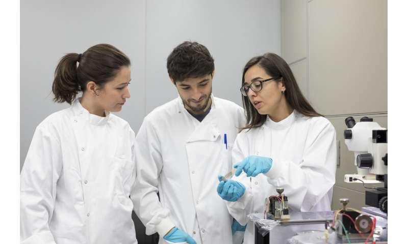Detecting metabolites at close range