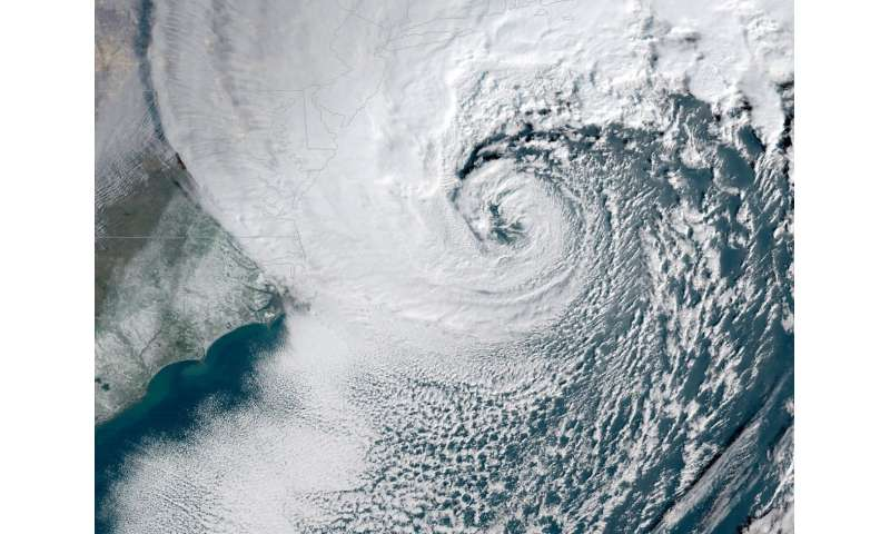Don't blame hurricanes for most big storm surges in northeast