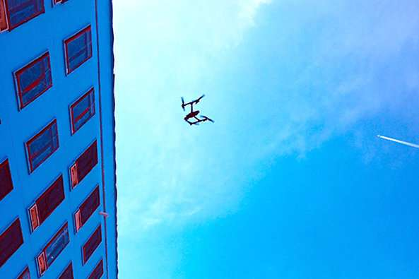 Drone-based thermal imaging and analytics for energy efficiency