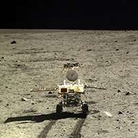Dust dilemma settles on upcoming moon missions
