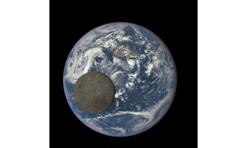 Study suggests Earth's water was present before impact that