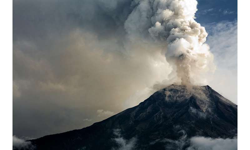 Earthquakes and eruptions