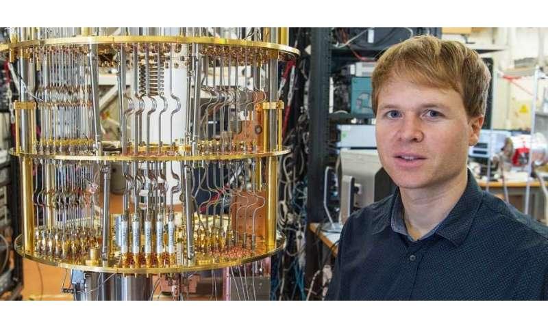 Error correction in the quantum world