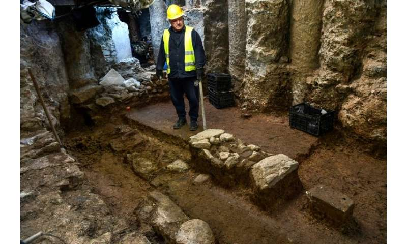 Excavations in Thessaloniki have brought to light the city's central 6th-century highway and other urban works, filling in gaps