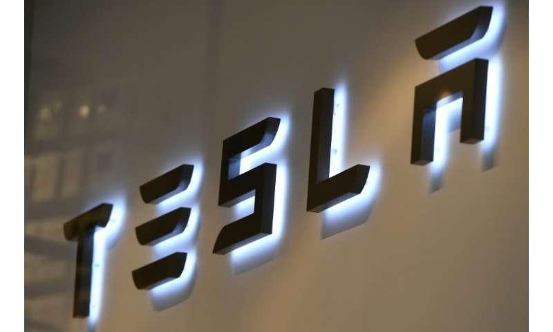 Federal investigators are looking into a fatal Tesla crash in California