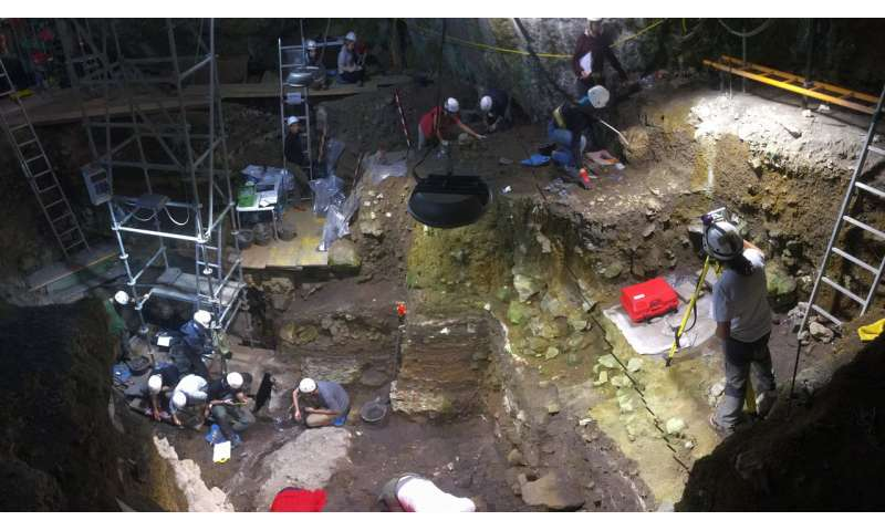 Genetic prehistory of Iberia differs from central and northern Europe