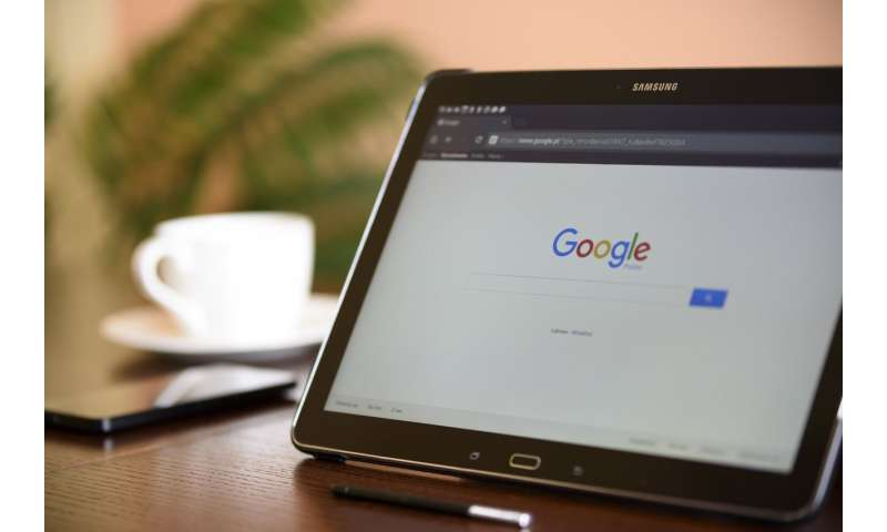 Study of Google search histories reveals relationship