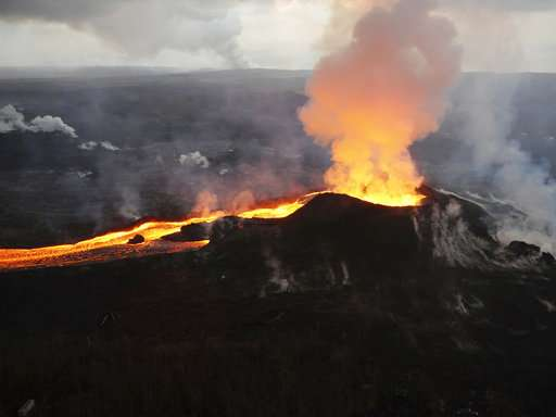 Government ranks 18 US volcanoes as 'very high threat'