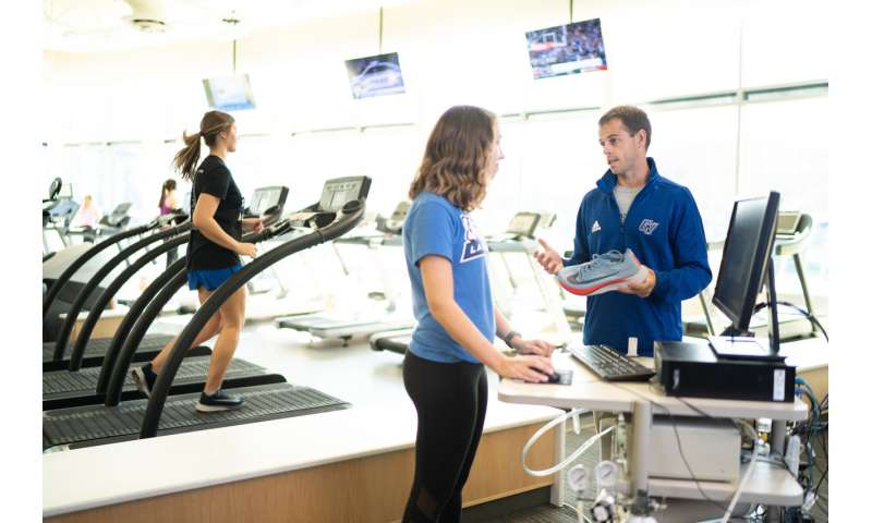 GVSU researcher compares running economy in Nike shoe, track spikes