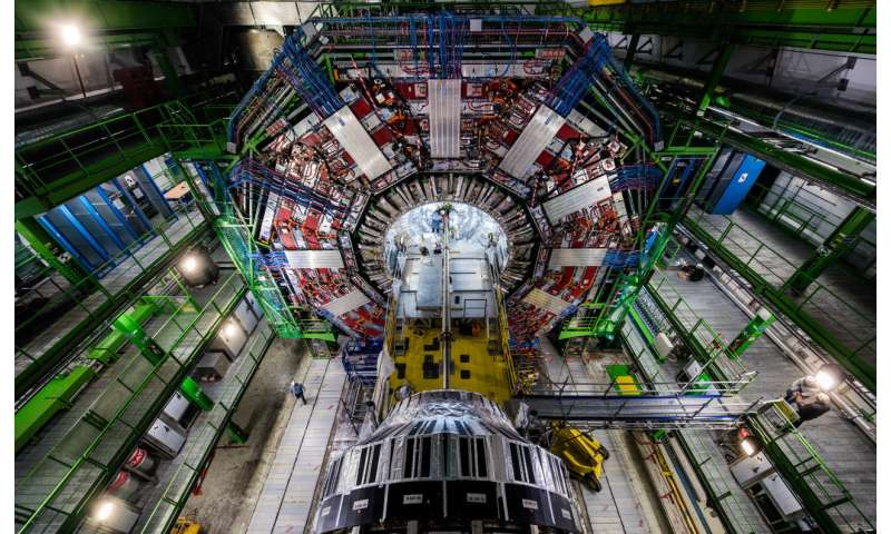 Higgs Boson, Top Quarks Linked in Milestone Collider Discovery