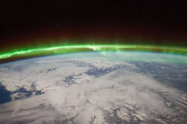 Hole in ionosphere is caused by sudden stratospheric warming