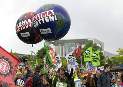 Hundreds march in Berlin to demand an end to using coal