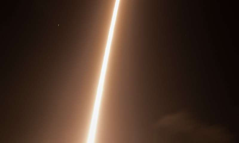 Image: Sounding rocket launches CHESS mission to study the matter between stars