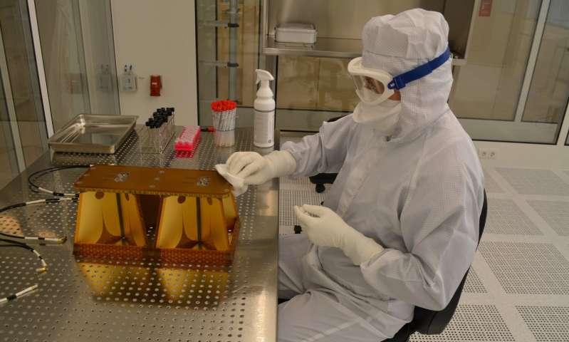 Image: Sterilising an antenna for Mars